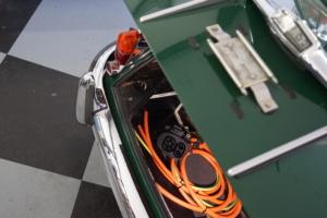 Strom kommt in den Jaguar